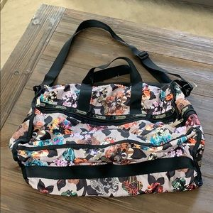 Great LeSportsac Bag! Used once!
